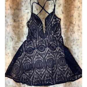 L'atiste   Immy Lace Plunging Navy Skater Dress